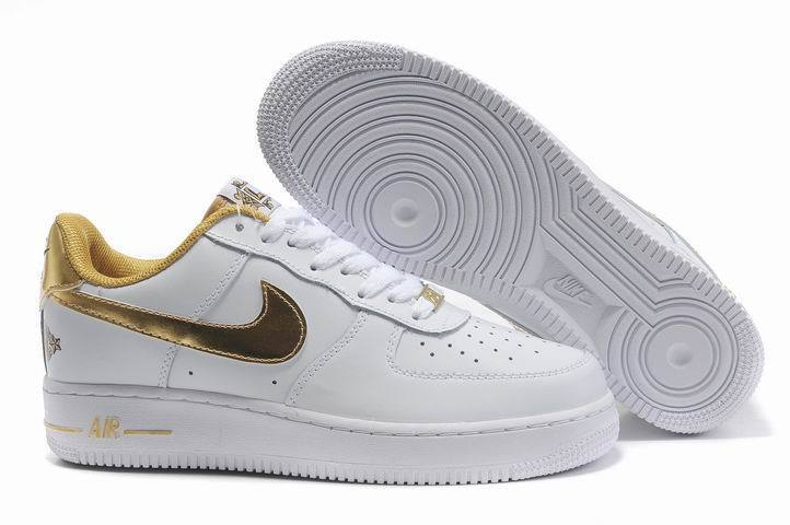 design intemporel 8cfa1 45fac Chaussures Nike Air Force One Blanc Noir Bleu Pictures To ...